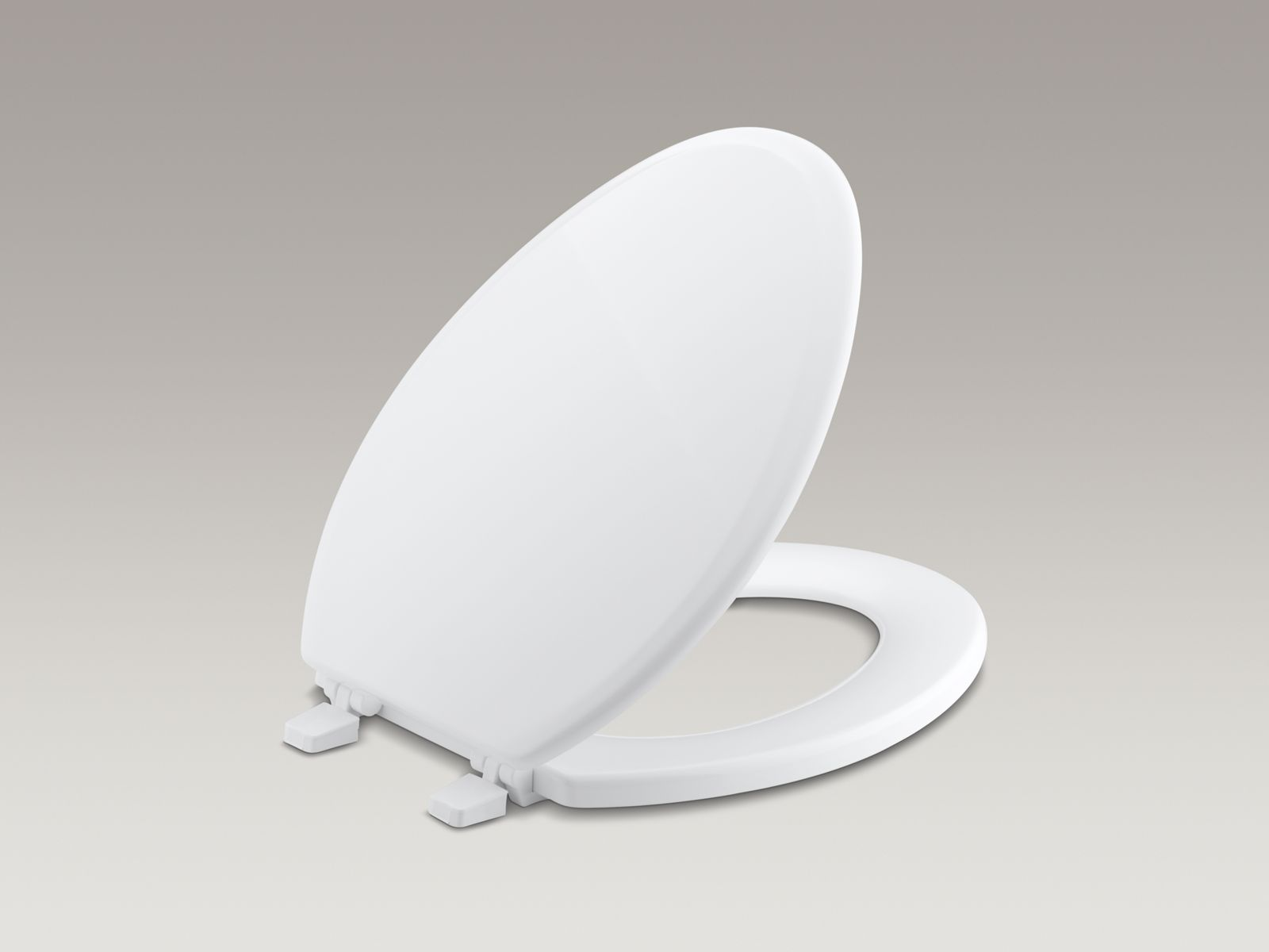 Ridgewood® with Q2 Advantage™ elongated toilet seat