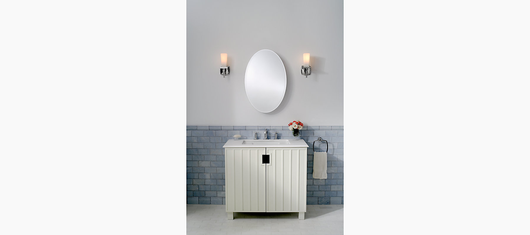 20-Inch Medicine Cabinet With Oval Mirrored Door