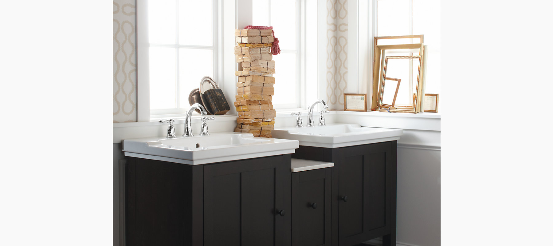 Tresham One-Piece Integrated Sink With 8-Inch