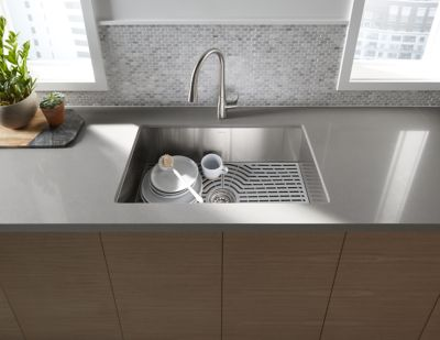 SilentShield® technology reduces noise and vibration in the sink
