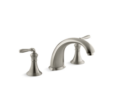 Devonshire® Bath- or deck-mount bath faucet trim with spout and lever handles