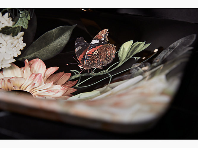 K 30334 Dm1 Dutchmaster In Blush Floral On Carillon