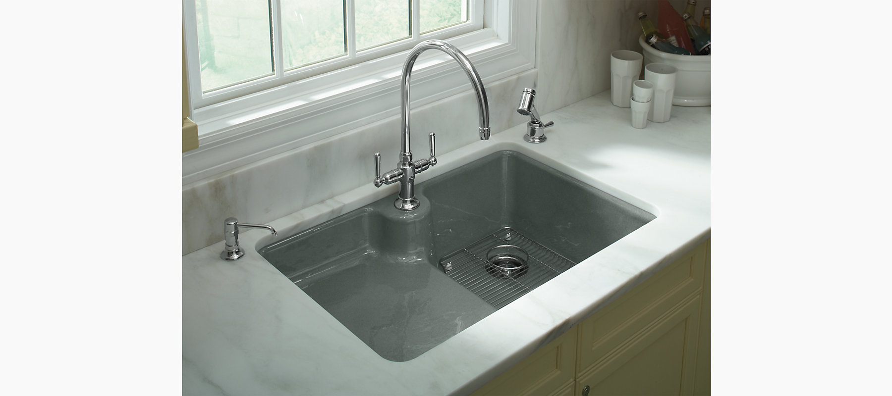 Carrizo Under Mount Kitchen Sink With Single Faucet Hole