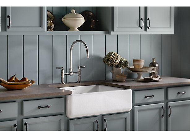 Tips for a Traditional Pale Neutral Kitchen