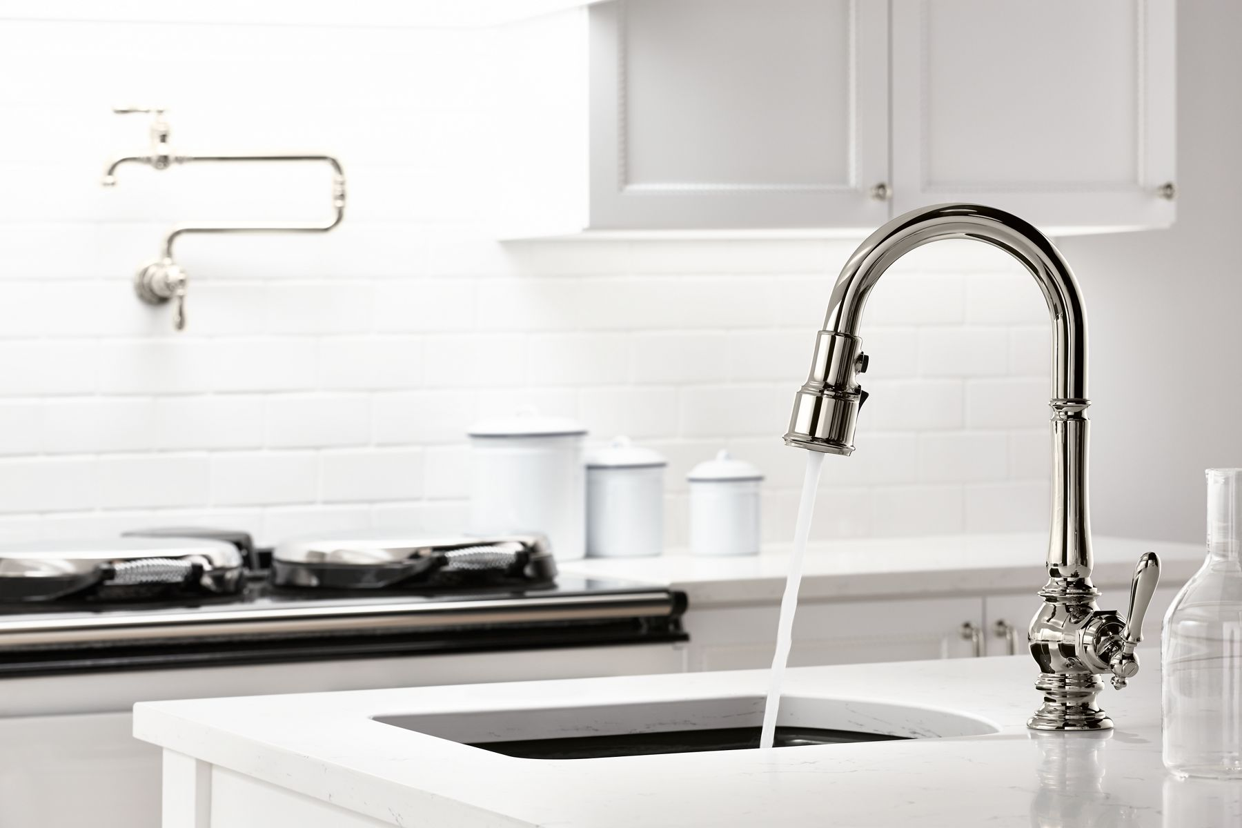 THINGS TO CONSIDER AS YOU CHOOSE YOUR KITCHEN FAUCET: